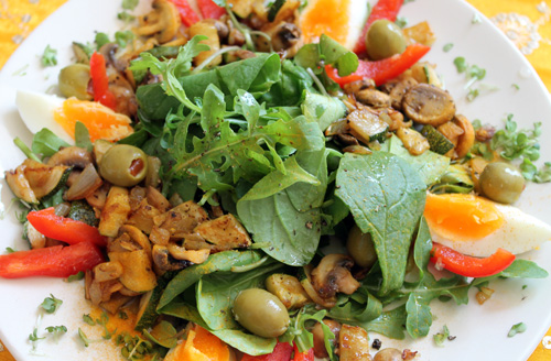 anxiety diet, low carb, warm salad