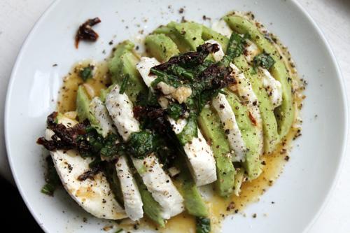 hormone diet, fat cravings, avocado salad, mozzarella salad