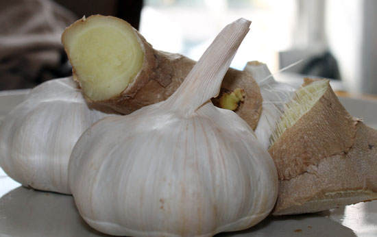 toothache home remedies, garlic, ginger